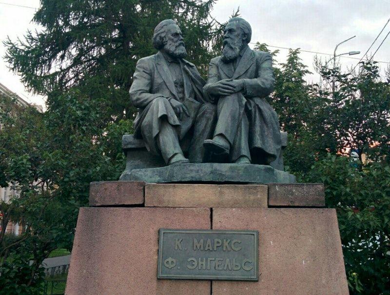 Купить памятник петрозаводск кровать образцы надгробий и памятников фото