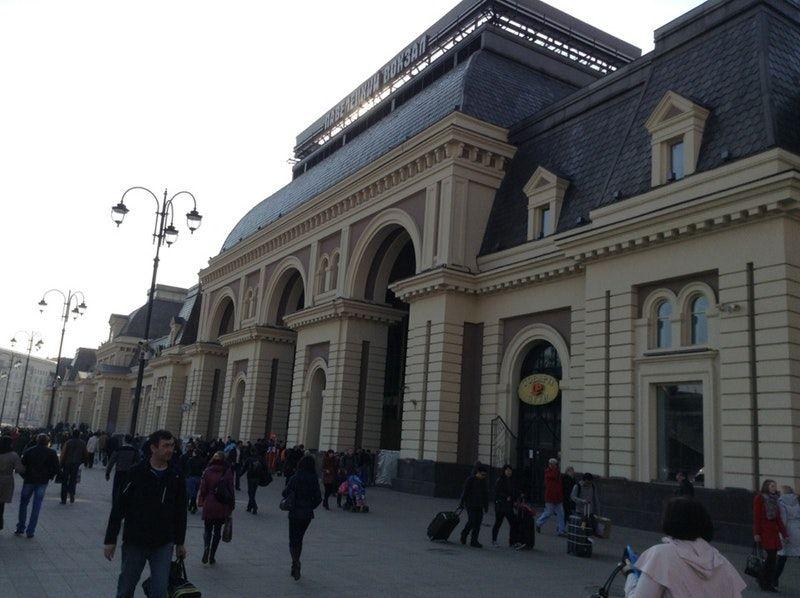Фото павелецкого вокзала и что находится рядом представляет